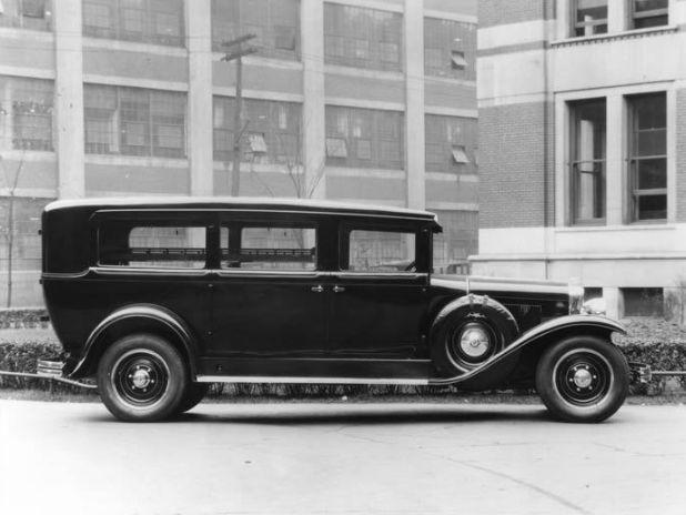 1929-Cadillac-Hearse1.jpg